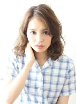 バサふわが可愛いミディボブパーマスタイル(髪型ミディアム)