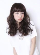 バサふわが可愛いロングパーマスタイル(髪型ロング)