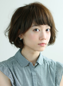 ほんのりモード☆短め前髪ボブ(ビューティーナビ)