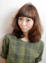 小顔ミディッシュ(髪型ミディアム)