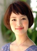 短めバング大人ショートボブ(髪型ショートヘア)