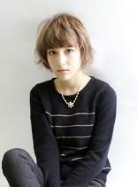 大人の外国人風ショートスタイル(髪型ショートヘア)