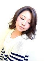 ダックウェーブ(髪型ミディアム)