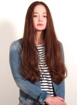 カラーで楽しむ大人の外国人風ロングヘアー(髪型ロング)