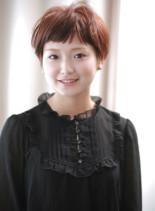 フワッとする丸みのある女性らしいショート(髪型ショートヘア)