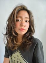 サーフハイライトセミディ(髪型ロング)