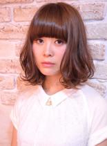 ピュアガーリーボブ(髪型ミディアム)