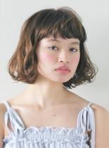 ナチュラルスィングボブ(髪型ボブ)