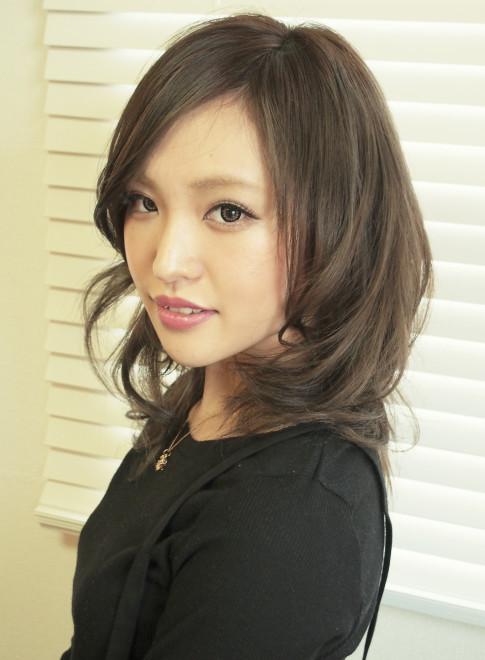 モテ髪✩透け感おフェロなセミディ(ビューティーナビ)