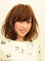 ユルフワボブスタイル(髪型ミディアム)