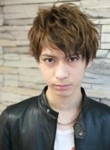 外国人風 ミックスカラーのセクシーヘア(髪型メンズ)