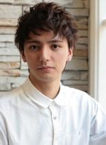 外国人ショートパーマ(髪型メンズ)