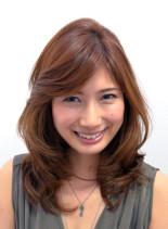 艶カラーのオータムミディアム(髪型ミディアム)
