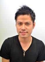 ブラックシャープショート(髪型メンズ)