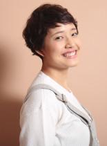 外国人風くせ毛ショート(髪型ショートヘア)