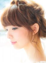 大人のルーズなシニオンスタイル(髪型ロング)