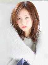 ゆるめウェーブ+ミディアム+レイヤー(髪型セミロング)