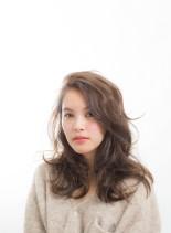 揺れ髪パーマスタイル(髪型ロング)