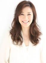 大人ミセスの上品カジュアル髪(髪型ロング)