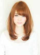 内巻きフェミニン(髪型ミディアム)