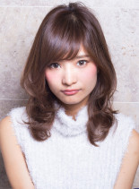 ひし形パーマヘア(髪型ミディアム)