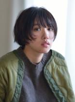 リラックスナチュラルショート(髪型ショートヘア)
