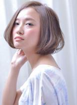 ふんわりフェザーボブ(髪型ボブ)