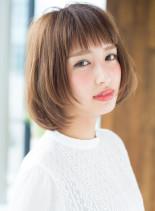 カジュアルショート(髪型ボブ)