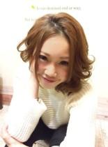 センターパートメリハリミディ(髪型ミディアム)