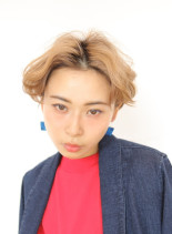 ハイトーンショート(髪型ショートヘア)