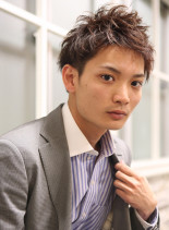 ビジネス対応ショートパーマ(髪型メンズ)