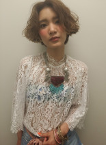 夏にピッタリのスタイリング簡単スタイル(髪型ショートヘア)