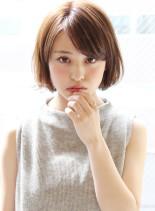 大人女子・毛先ワンカールエアリーボブ(髪型ボブ)