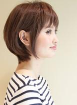 大人女子・吉瀬美智子さん風のショートボブ(髪型ボブ)