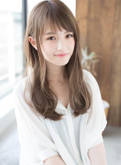癖毛を活かすならアンニュイカール (髪型ロング)