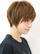 大人女子・カジュアルマッシュショート(髪型ショートヘア)