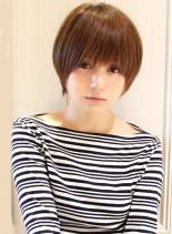 大人女子・シンプルマッシュショート(髪型ショートヘア)