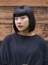 コンベックスバングショート(髪型ボブ)
