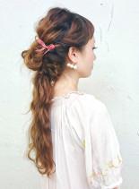波巻きで華やかダウンアレンジ(髪型ロング)