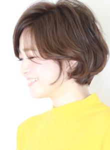 大人の髪型☆人気シンプルショートボブ(ビューティーナビ)
