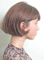 スタイリングが簡単。襟足なしシンプルボブ(髪型ボブ)