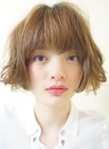 毛先切りっぱなしな質感のニュアンスボブ(髪型ボブ)