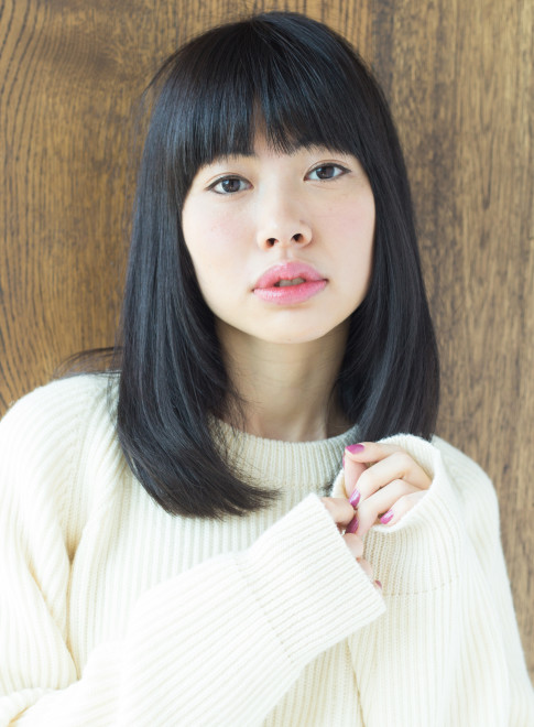 ミディアム】黒髪でも可愛いストレートヘア/AFLOAT JAPANの髪型