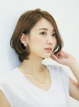 耳かけショートボブ(髪型ボブ)
