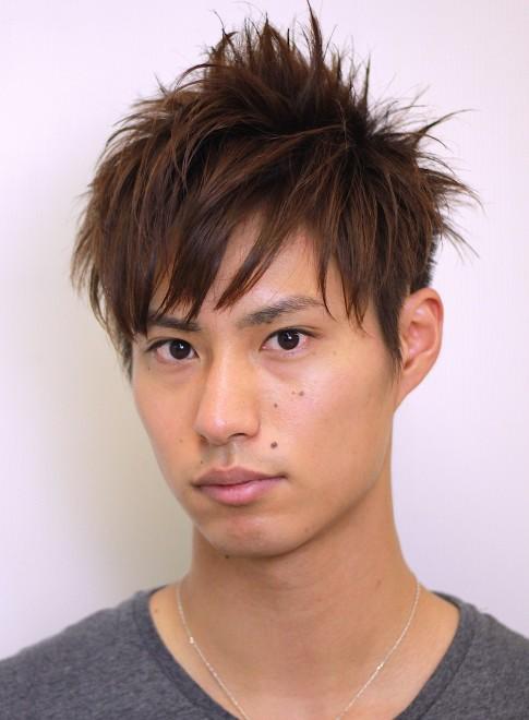 メンズ】前髪長めのツーブロック刈り上げメンズ髪型/gokan