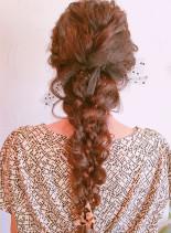 三つ編みダウンスタイル(髪型ロング)