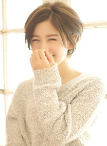 『耳かけ』するだけで可愛い大人ショート☆(ビューティーナビ)