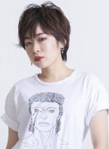 ジェンダーフリーなショートウルフスタイル(髪型ショートヘア)