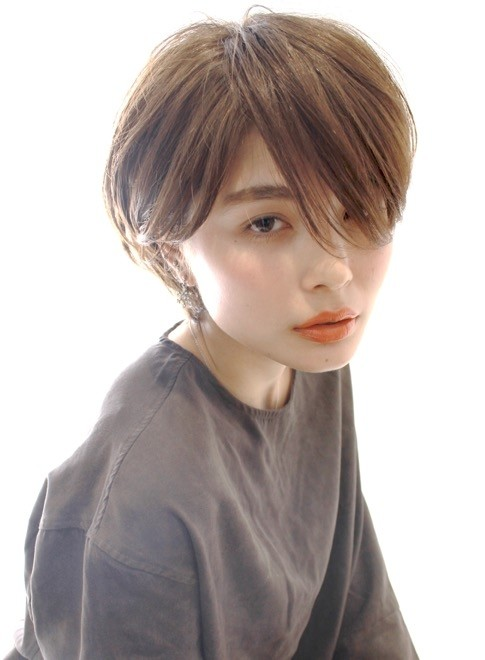 かっこいい大人女子に似合う ショートボブ(髪型ショートヘア)(ビューティーナビ)