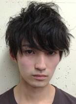 ゆるく無造作なメンズパーマ(髪型メンズ)